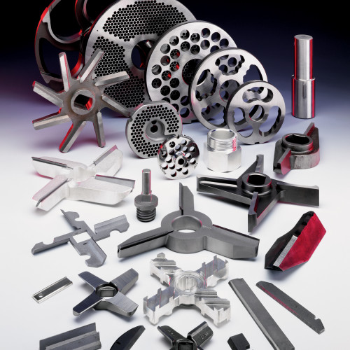mincer knives and plates